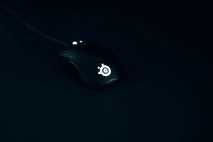 Light gaming mouse
