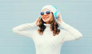 5 Ways To Prevent Hearing Loss While Using Headphones